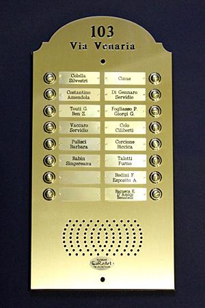 Pulsantiera citofono 16 posti modello sagomato